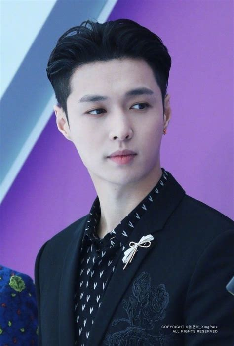 180326 Chinese Top Ten Music Awards performance #LAY
